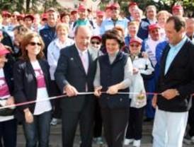La Marcha Popular de Mayores recorre las calles de Las Rozas