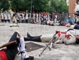 Cientos de voluntarios representan el levantamiento popular contra las tropas francesas