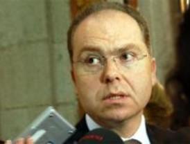 Madrid se endeuda en 1.200 millones para cubrir el déficit de 2008