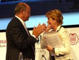 Los empresarios piden a Aguirre más coordinación entre las Administraciones