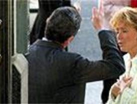 La biografía de Aguirre aviva su lucha interna contra Ruiz-Gallardón