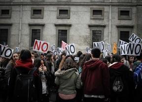 Convocada una huelga general en todas las etapas educativas este martes