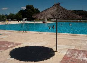 El primer chapuzón en las piscinas, este sábado