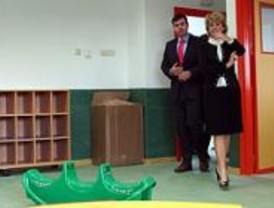 Aguirre inaugura tres escuelas infantiles en Parla