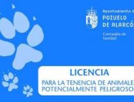 Tarjetas de identificación para los perros peligrosos de Pozuelo