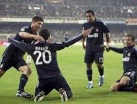 El Madrid consiguió vencer a la tercera en Mestalla
