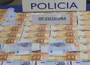 Interceptan dos envíos de 140.000 euros falsos procedentes de Italia