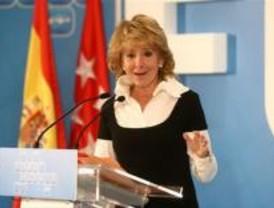 Aguirre pide a Rajoy que el PP defienda más el liberalismo