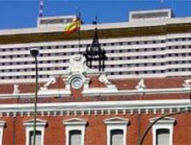 La Coordinadora de vecinos de Carabanchel denuncia que dos tercios del  hospital Gómez Ulla están vacíos