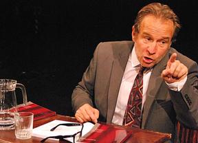Diariocrítico regala entradas para disfrutar del genial monólogo teatral sobre educación 'El Profe'