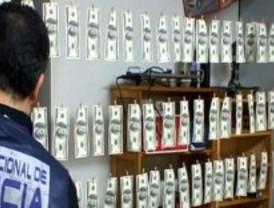Cae una red de falsificadores de dólares
