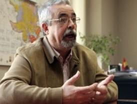 Pérez: 'El rey es el único que está activando la economía'