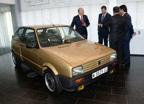 Seat restaura el primer coche del Rey Felipe VI