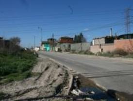 Derribadas tres infraviviendas ilegales en la Cañada