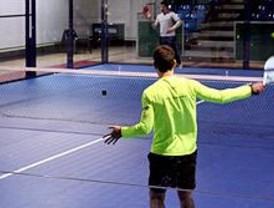 Metro organiza el primer torneo de pádel bajo tierra