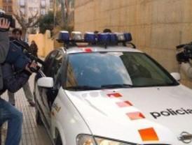 La Policía irrumpe en la centra de los Mossos en busca de escuchas telefónicas con 'narcos'
