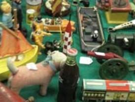 Arganzuela acoge una nueva edición del mercado del juguete antiguo