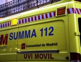 Dos heridos graves en un accidente de tráfico en la M-111