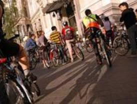 Marcha ciclista por la integración de los inmigrantes latinos