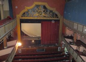 Obras en el cerrado teatro Arniches