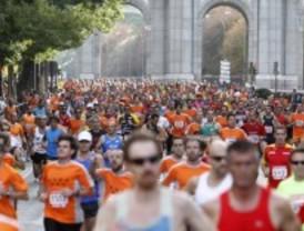 Más de 10.000 deportistas corren en el Madrid histórico