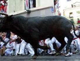 Mejora el madrileño herido este miércoles por asta de toro en Pamplona