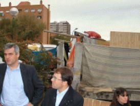 El PSOE recuerda que hay chabolas junto al Manzanares