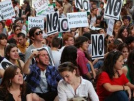 Los sindicatos convocan una manifestación por la universidad