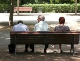 La pensión media en Madrid supera los 930 euros
