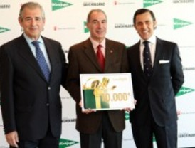 El Corte Inglés dona 10.000 euros a Save the Children