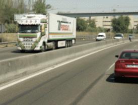 Muere un hombre y otro resulta herido tras dos salidas de vía en Alcalá de Henares