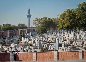 Detenido por profanar la tumba de un dirigente comunista en La Almudena