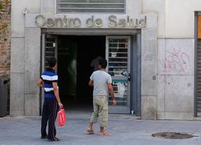 Sanidad devolverá la atención primaria a los inmigrantes 'sin papeles'