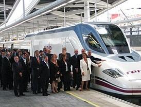 El AVE enlaza Madrid y Valencia por primera vez