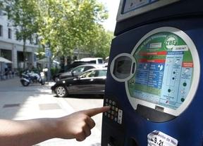 Los madrileños pierden 15.700 horas/día pagando en parquímetros