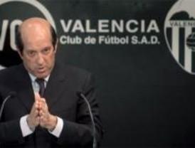 El Valencia anuncia que no traspasará a Villa