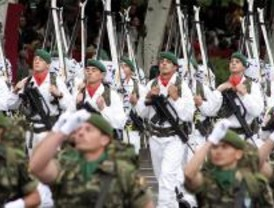 La capital rendirá homenaje a las Fuerzas Armadas