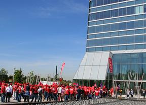 Los sindicatos reclaman a Coca-Cola y embotelladores
