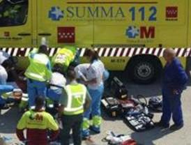 Herido grave un trabajador tras caerle una puerta de gran peso en Sanchinarro