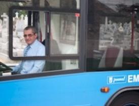 Viaje en autobús por la ciudad de los muertos