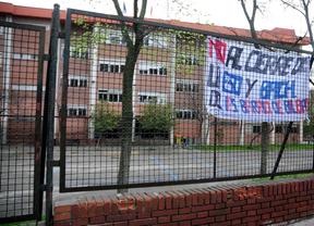 Encierro en cinco institutos contra el cierre de la ESO y Bachillerato
