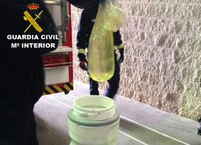 Detenido en Barajas al intentar introducir una bici con cocaína líquida