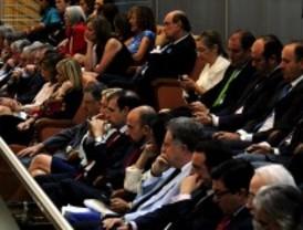 Política, economía y sociedad, pendientes de la Asamblea