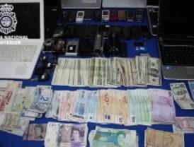 Detenidos seis falsos policías por 39 asaltos a turistas