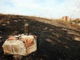 Un viandante halla en un descampado de Hortaleza el cuerpo quemado de un varón