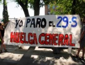 IU prepara la huelga general con el 'blues huelguista' en Carabanchel