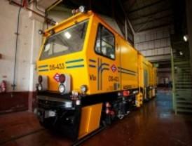 Metro ahorra 600.000 euros en la renovación de vehículos de mantenimiento