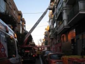 Arde un piso en Villaverde