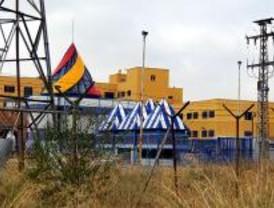 Denuncian la prohibición de entrar a un centro de extranjeros de Aluche
