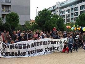 Vecinos de Arganzuela protestan por la instalación de antenas camufladas
